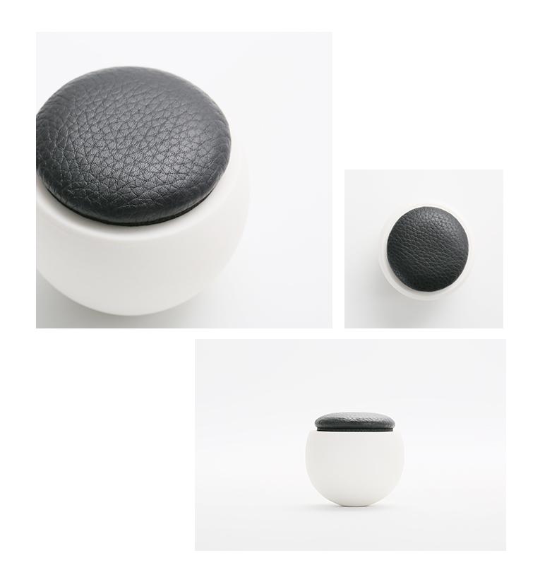 ミニ骨壷 陶器のお骨壷 ゆりかご 限定レザーモデル ブラック